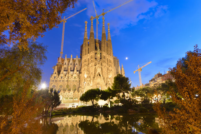 Sagrada Familia The World S Largest Unfinished Church Is Located In