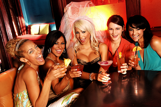 bachelor-party-for-girls